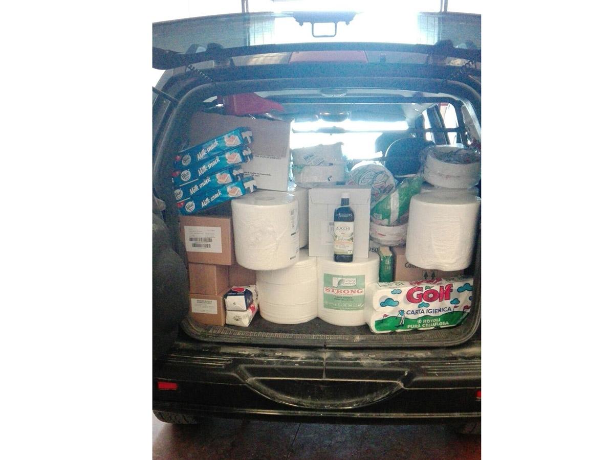 Consegna prodotti igiene e pulizia consegnati a sig. Morico sindaco Monsampaolo